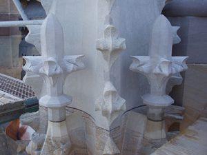 sculpture fleurons en pierre sculpteur bruno marson ernolsheim bruche strasbourg