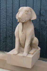 sculpture chien en pierre sculpteur bruno marson ernolsheim bruche strasbourg