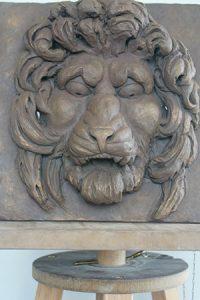 sculpture bas relief lions argile sculpteur bruno marson ernolsheim bruche strasbourg
