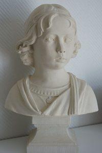 sculpture buste pierre sculpteur bruno marson ernolsheim bruche strasbourg