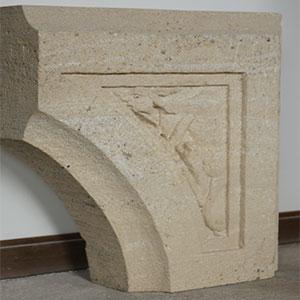 sculpture voussoir en pierre sculpteur bruno marson ernolsheim bruche strasbourg