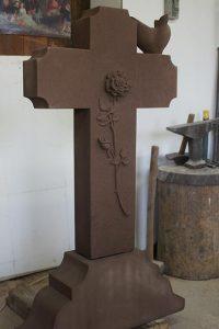 pierre tombale en grès tailleur de pierre bruno marson ernolsheim bruche strasbourg