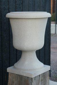 Vase en grès des Vosges - Bruno Marson, tailleur de pierre - Ernolsheim Bruche, Strasbourg, Alsace